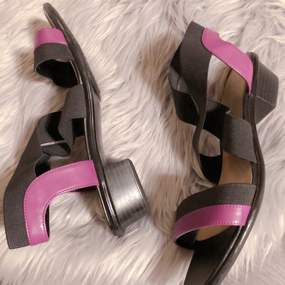 c17d9e8ee024 Naturalizer N5 Black   Purple Dress Sandal. M 5c1d1b207386bc57d83b8e00